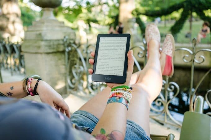 How to Download EBooks From Online Libraries on your tablet